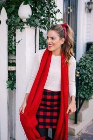 Incredible Holiday Style Christmas Outfit Ideas40