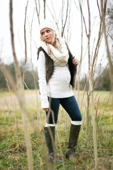 Lovely Maternity Winter Outfits Ideas31