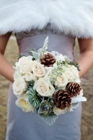 Modern Rustic Winter Wedding Flowers Ideas04