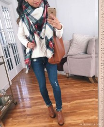 Outstanding Christmas Outfits Ideas11