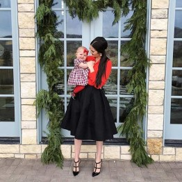 Outstanding Christmas Outfits Ideas13
