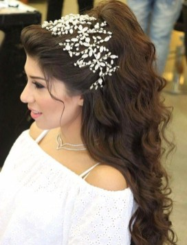 Popular Christmas Half Updos Ideas33