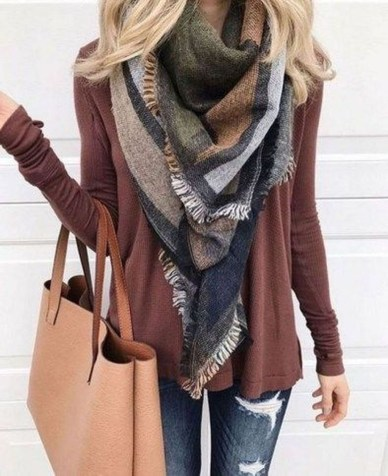 Adorable Winter Outfits Ideas With Jeans30