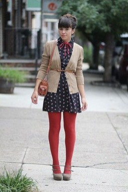 Affordable Winter Skirts Ideas With Tights27