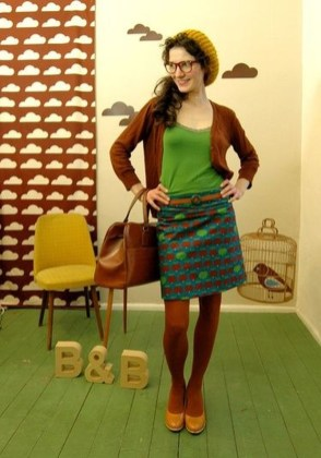Affordable Winter Skirts Ideas With Tights36
