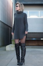Amazing Winter Dresses Ideas With Boots23