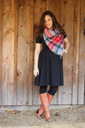 Awesome Winter Dress Outfits Ideas With Boots08