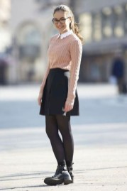 Classy Winter Outfits Ideas For School11