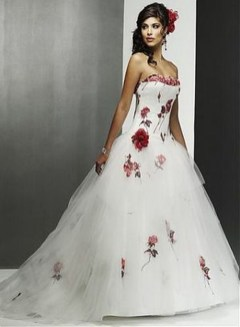 Elegant Wedding Dress Ideas For Valentines Day21