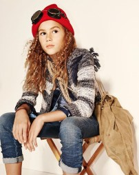 Extraordinary Winter Clothes Ideas For Teenage Girl38