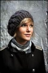 Fascinating Winter Hats Ideas For Women With Short Hair11