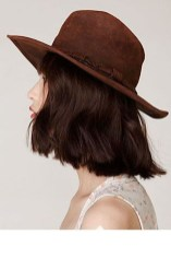 Fascinating Winter Hats Ideas For Women With Short Hair13