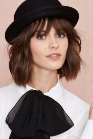 Fascinating Winter Hats Ideas For Women With Short Hair20