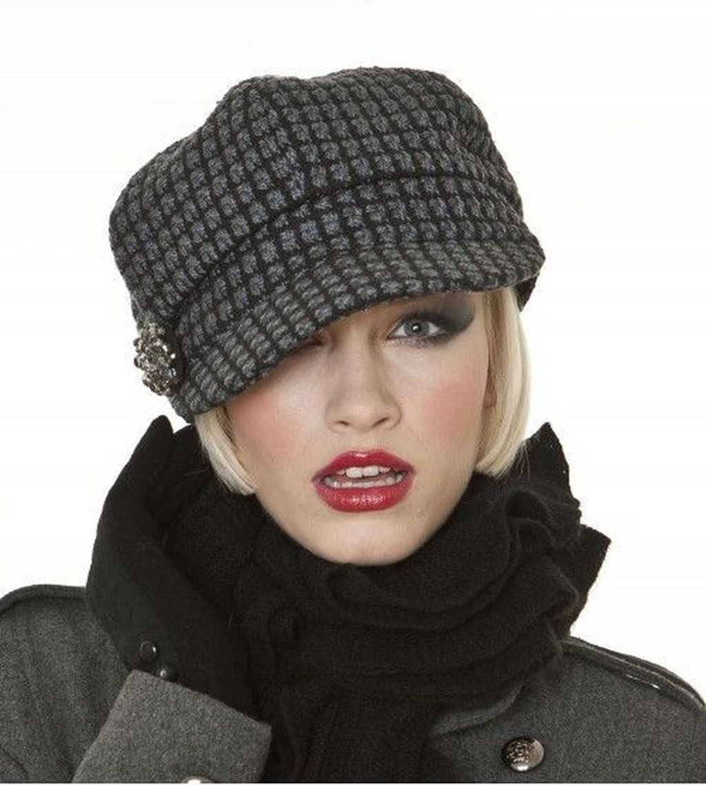 4301fe7f 45 Fascinating Winter Hats Ideas For Women With Short Hair ...