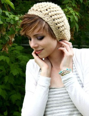 Fascinating Winter Hats Ideas For Women With Short Hair35