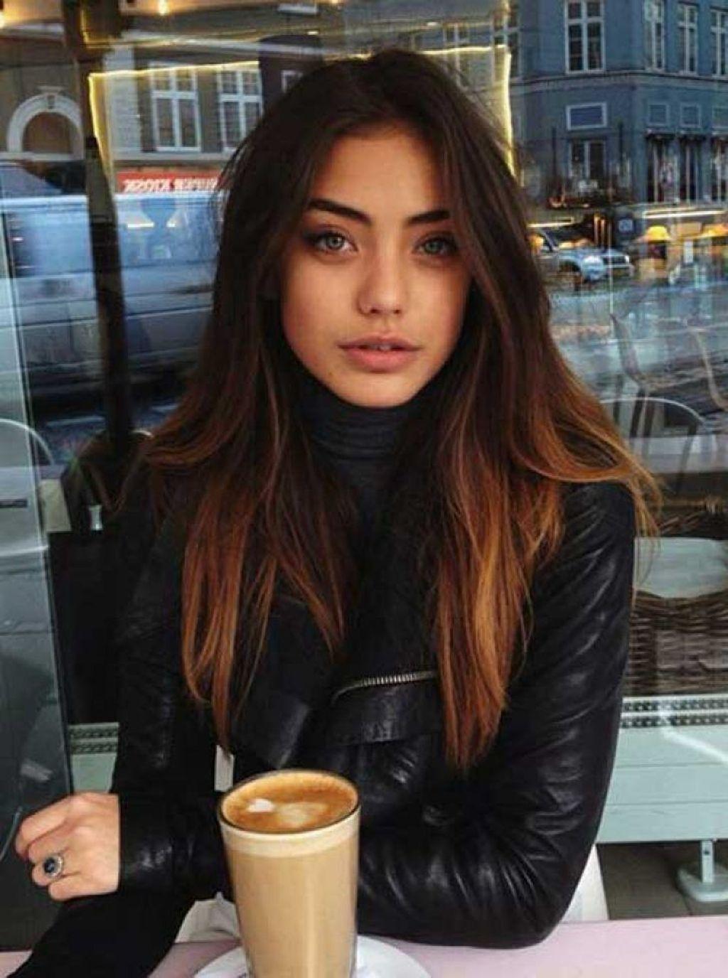 Fashionable Winter Hair Color Ideas36