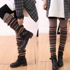 Incredible Winter Outfits Ideas With Leg Warmers11