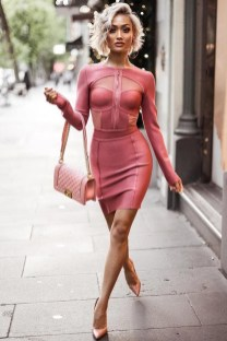 Inpiring Outfits Ideas For Valentines Day20
