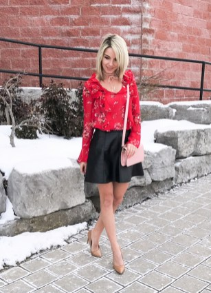 Inpiring Outfits Ideas For Valentines Day26