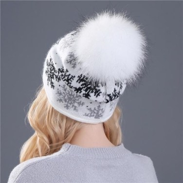 Lovely Winter Hats Ideas For Women20