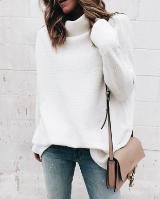 Perfect Winter White Dresses Ideas With Sleeves17