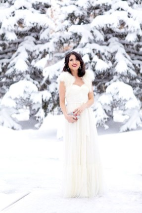 Perfect Winter White Dresses Ideas With Sleeves36