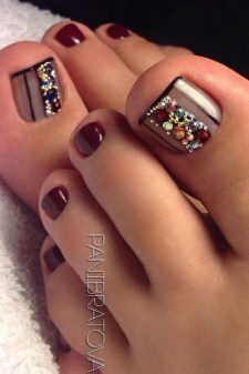 Stunning Toe Nail Designs Ideas For Winter22