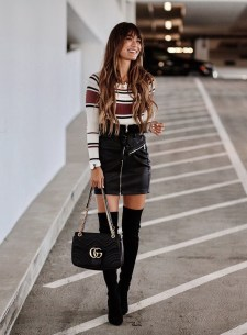 Stunning Winter Outfits Ideas With Skirts30