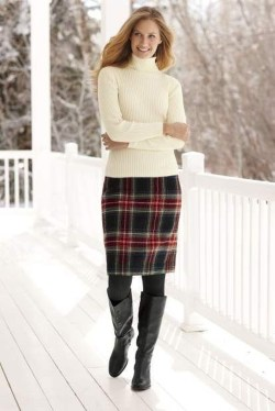 Stunning Winter Outfits Ideas With Skirts34