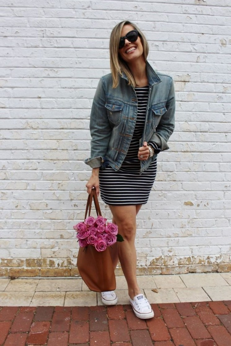 Beautiful Outfits Ideas To Wear This Spring42