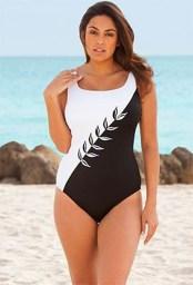 Best Swimwear Outfit Ideas For Women05