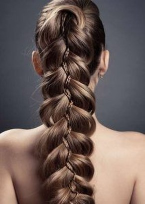 Charming Hairstyles Ideas For Long Hair37