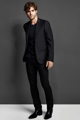 Elegant Black Outfits Ideas34
