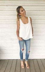 Lovely Spring Outfits Ideas With White Top02