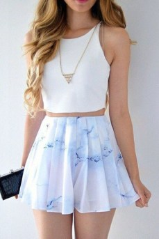 Lovely Spring Outfits Ideas With White Top03