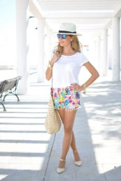 Lovely Spring Outfits Ideas With White Top20