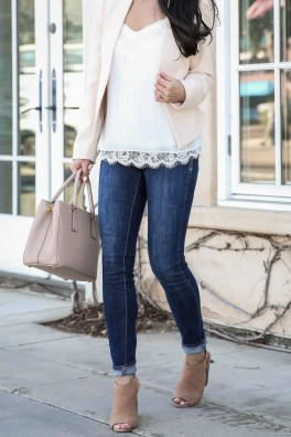 Attractive Spring Outfits Ideas18
