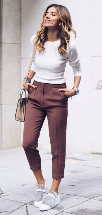 Attractive Spring Outfits Ideas34