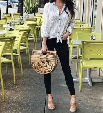 Charming Dinner Outfits Ideas For Spring07