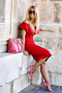 Charming Dinner Outfits Ideas For Spring40