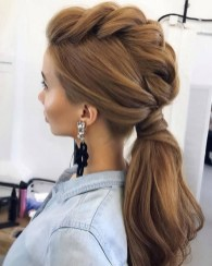 Charming Ponytail Hairstyles Ideas With Sophisticated Vibe02