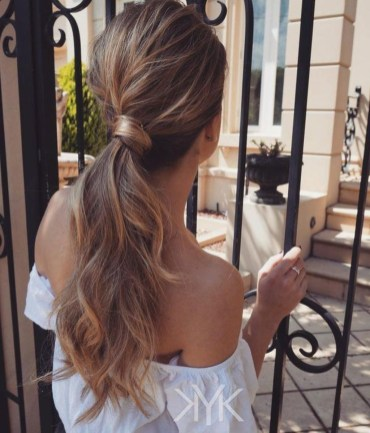 Charming Ponytail Hairstyles Ideas With Sophisticated Vibe08