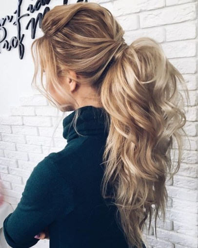 Charming Ponytail Hairstyles Ideas With Sophisticated Vibe12