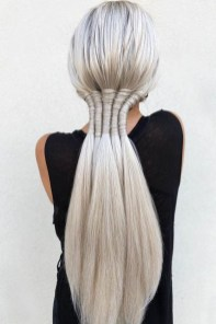 Charming Ponytail Hairstyles Ideas With Sophisticated Vibe13