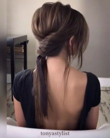 Charming Ponytail Hairstyles Ideas With Sophisticated Vibe35