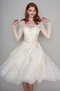Gorgeous Tea Length Wedding Dresses Ideas01