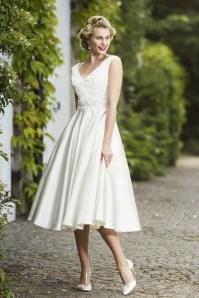 Gorgeous Tea Length Wedding Dresses Ideas02