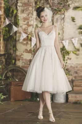 Gorgeous Tea Length Wedding Dresses Ideas36