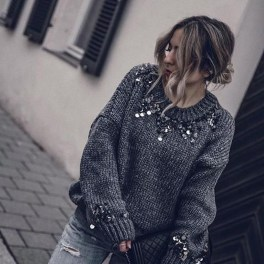 Impressive Sweater Outfits Ideas For Spring02