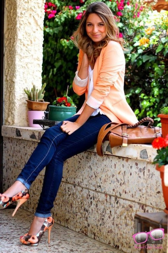Outstanding Outfit Ideas To Wear This Spring37